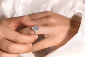 Are Laboratory Created Diamonds Certified?
