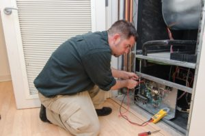 Keep these 4 things in mind before hiring an HVAC contractor