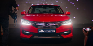Comparing the Honda Accord vs Honda Fit